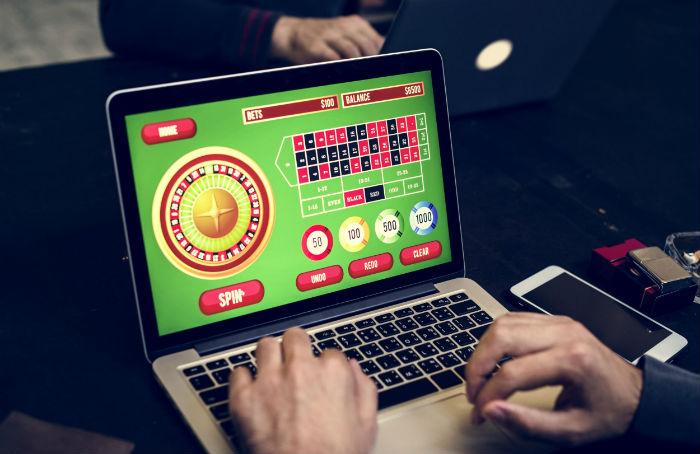 פעילות במשחקי הימורים מקוונים